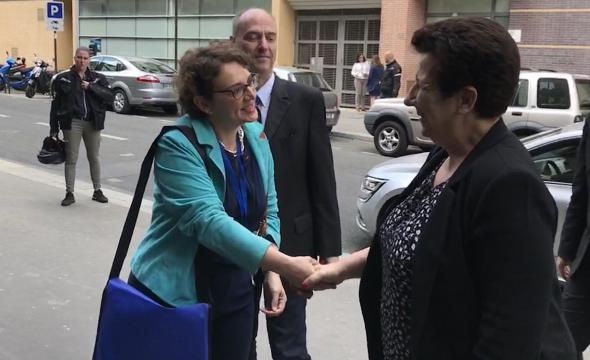 Madame Michelle Bubenicek accueille Madame la Ministre Frédérique Vidal lors de l'ouverture du congrès